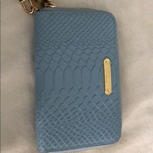 Gigi New York blue wallet